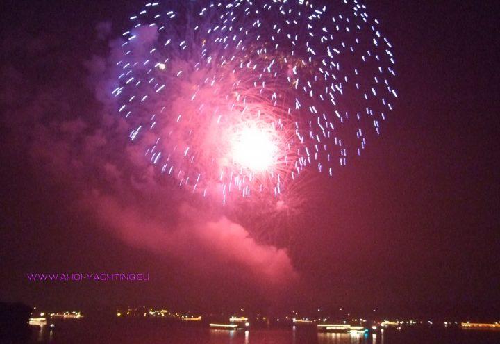 Grillen & Feuerwerk auf dem Wannsee