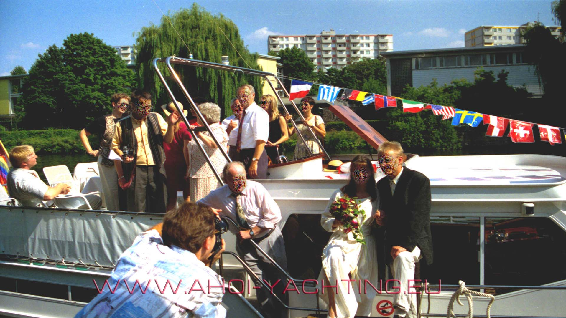 EVENTSCHIFF BERLIN – FEIER – PARTY – TAGUNG auf dem Wasser
