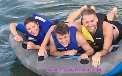 Teambuilding auf dem Wasser